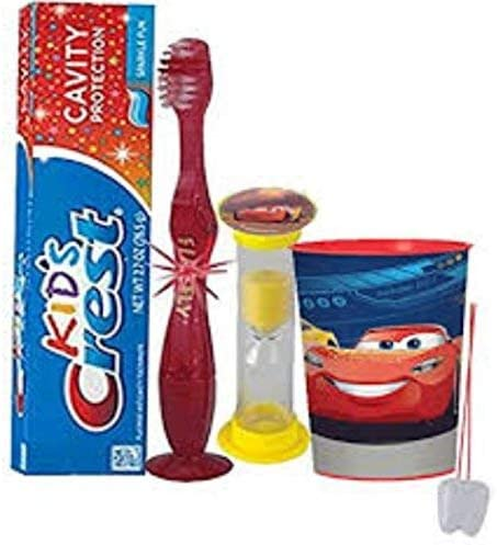 Amazon.com: Disney Pixar Cars 3 4pc Bright Sonrisa Higiene ...
