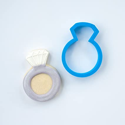 Amazon.com: Frosted Cookie Cutters Wedding Ring Cookie Cutter (Small ...