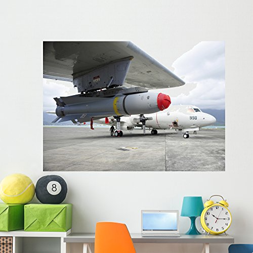 Wallmonkeys Agm-65 Maverick Tactical Missile Wall Mural Peel and Stick Graphic (60 in W x 43 in H) WM345370
