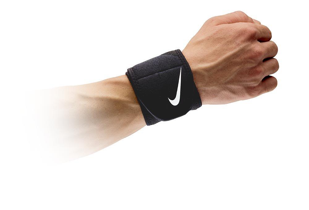 NIKE Pro Combat Wrist Wrap 2.0 (One Size Fits Most, Black/White)