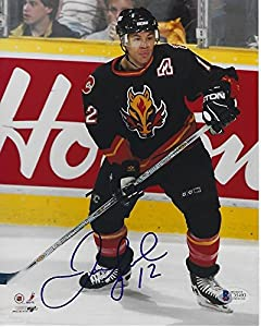 Jarome Iginla Signed Calgary Flames 8x10 Photo with - Beckett Certified
