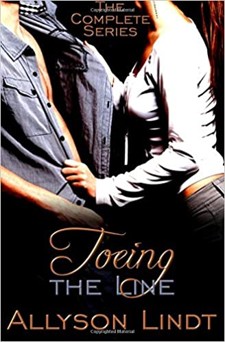 Toeing the Line (The Complete Serial): A GeekLove Contemporary Romance