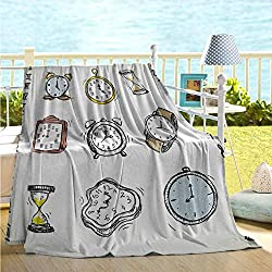 maisi Clock Cozy Flannel Blanket A Collection of Vintage Style Watches and Doodled Clocks Hand Drawn Illustration Lightweight All-Season Blanket White and Black