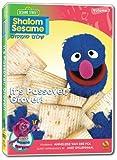 Shalom Sesame, 2010, No. 7: It's Passover, Grover!