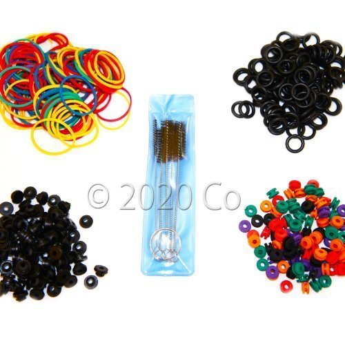 100 Tattoo O-rings, 100 Rubber Bands, 100 Grommets, 100 Nipples & 1 Brush Set ()