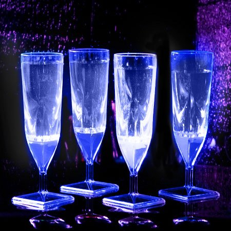 China Champagne Flute (Liquid Activated Champagne Cups: Blue (4-Pack))