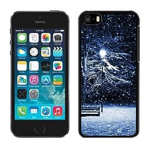Fashionable Custom Designed iPhone 5C Phone Case With Snow Park Bench Light Pole_Black Phone Case