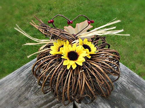 Sunflower Grapevine Pumpkin Centerpiece- Rustic Flower Arrangement- Country Wedding Table Decoration (Grapevine Centerpiece)