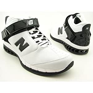 New Balance Men's BB8026 Basketball Shoe,White/Black,4.5 B