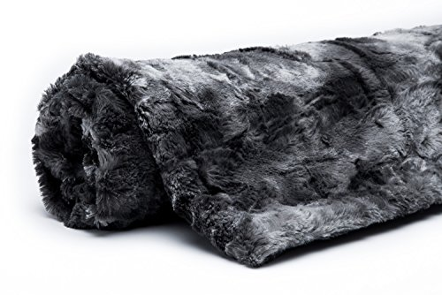 chanasya super soft fuzzy fur warm charcol gray sherpa throw blanket charcoal dark gray waivy. Black Bedroom Furniture Sets. Home Design Ideas