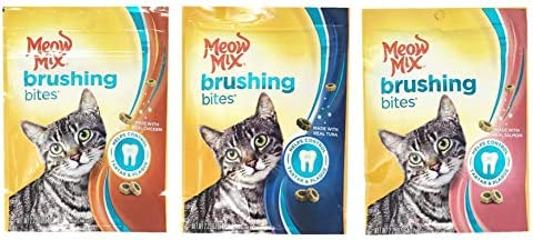 Meow Mix Brushing Bites Cat Treats Variety Pack Bundle of 3 Flavor Pouches Chicken