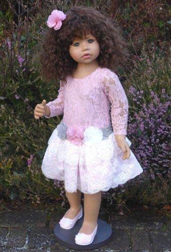 Masterpiece Dolls Cassi Monika Levenig Medium Brunette