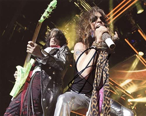 STEVEN TYLER - Aerosmith AUTOGRAPH Signed 8x10 Photo E from TopPix Autographs