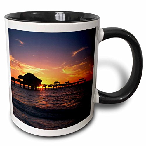 3dRose 143601_4 Clearwater Beach and Pier at Sunset, Florida Mug, 11 oz, Black ()