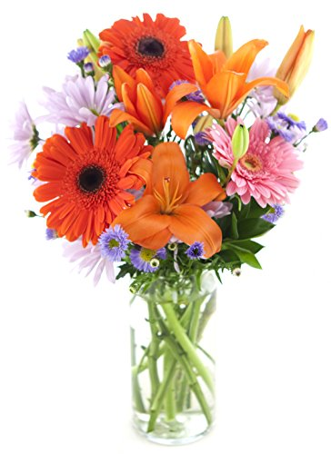 afternoon-mimosas-bouquet-the-kabloom-collection-flowers-with-vase