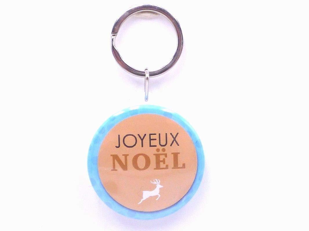 anniversaire... un magnet badge aimant/é  joyeux no/ël ma/îtresse 56mm id/ée cadeau no/ël