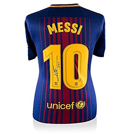ee5f4162b7b Lionel Messi Signed Barcelona Shirt 2017 2018 - Number 10  Amazon.co.uk   Kitchen   Home