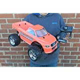 New Large MAYHEM 1:10 Scale Off Road RC Radio Remote Control Monster Truck Rechargeable
