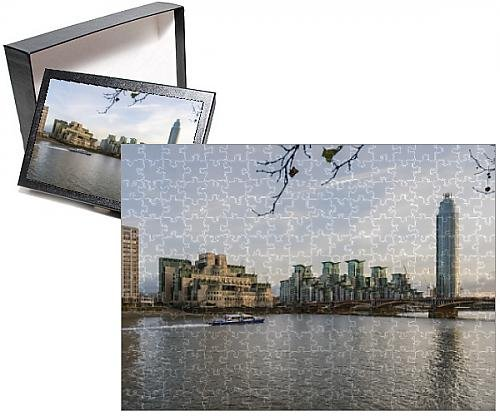 Price comparison product image Photo Jigsaw Puzzle of The MI5 Building,  St. George s Tower,  Vauxhall Bridge and the River Thames