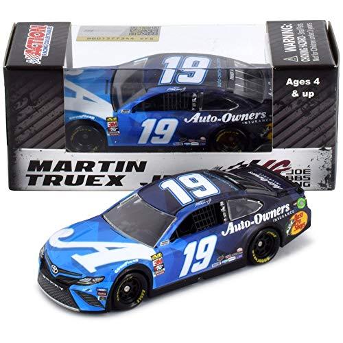 Lionel Racing Martin Truex Jr 2019 Auto-Owners NASCAR Diecast Car 1:64 Scale (Martin Truex Jr Diecast 1 64)