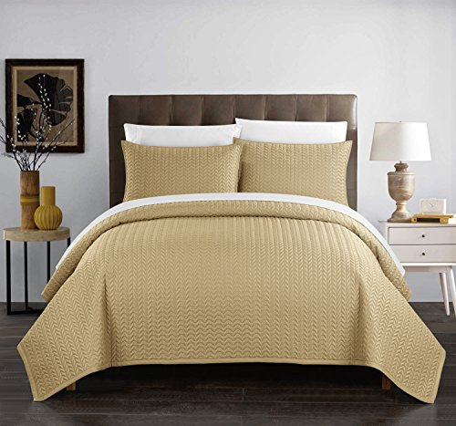 Chic Home Weaverland 3 Piece Cover Set Geometric Chevron Quilted Bedding-Decorative Pillow Shams Included, Queen, Gold
