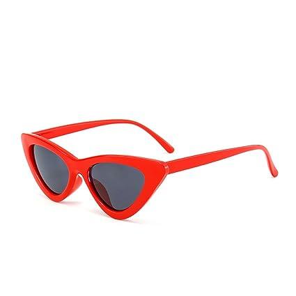 61c33894418e Amazon.com: Bestutral Cute Sexy Retro Cat Eye Sunglasses Women Small Black  White NEW Triangle Vintage Cheap Sun Glasses Red Female Uv400: Sports &  Outdoors