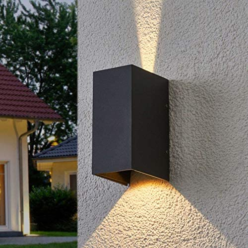 Lucande LED Wandleuchte außen \'Kimian\' (spritzwassergeschützt) (Modern) in Alu aus Aluminium (2 flammig, A+, inkl. Leuchtmittel) - LED-Außenwandleuchten Wandlampe, Led Außenlampe, Outdoor Wandlampe