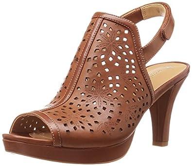 Amazon.com   Naturalizer Women's Paige Platform Pump   Ankle & Bootie