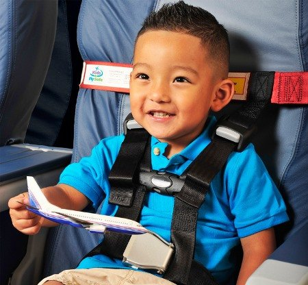 AmSafe CARES Kids Fly Safe Airplane Seat Harness for Children ~ the Only FAA-Approved Harness-Type Child Safety Restraint by CARES (Image #2)