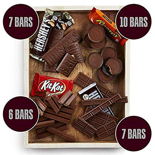 Hershey Chocolate Candy bar Assorted Variety Pack (HERSHEY'S Milk Chocolate, HERSHEY'S Milk Chocolate Almond, KIT KAT, REESE'S Cups), Full Size, 55 Count (55 Count total)