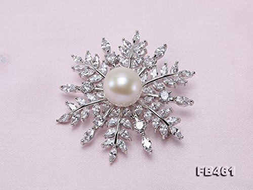JYX 9mm White Perfect Round Freshwater Pearl Brooch Pin Bee stye