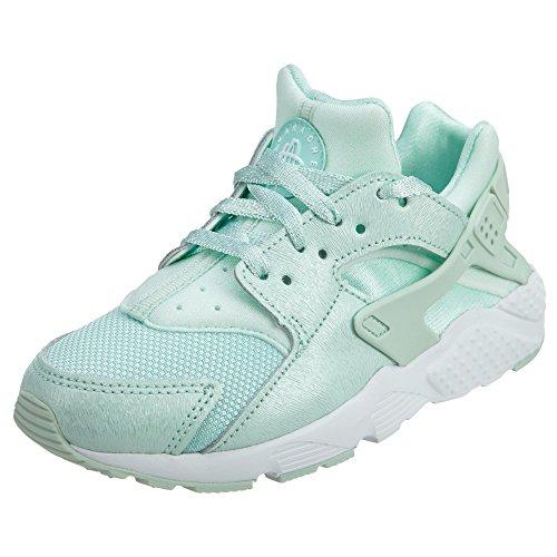 Nike Girl's Huarache Run SE Running Shoe (12) ()