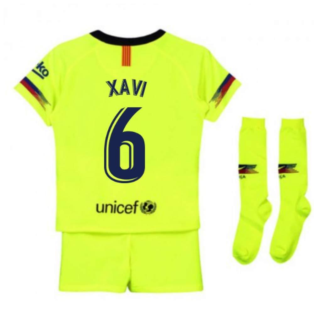 UKSoccershop 2018-2019 Barcelona Away Nike Little Boys Mini Kit (Xavi 6)