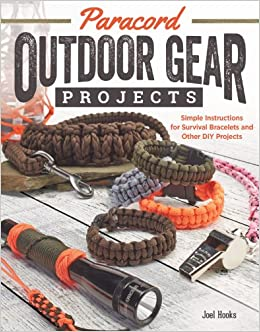 Book's Cover of Paracord Outdoor Gear Projects: Simple Instructions for Survival Bracelets and Other DIY Projects (Inglés) Tapa blanda – Texto grande, 1 julio 2014