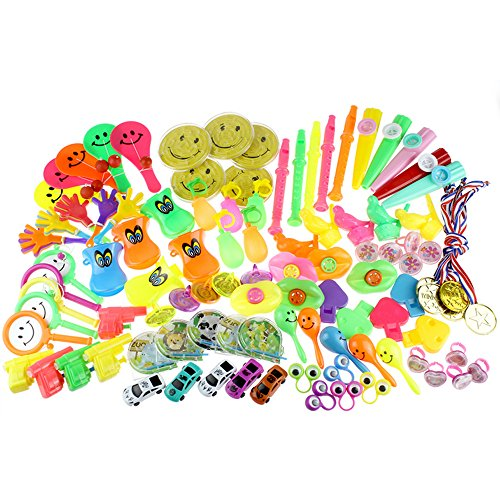 IAMGlobal 100 Pcs Kids Party Favor Toys, Toy Assortment Pack, Bulk Party Favors For Birthday Party, School Classroom Rewards, Carnivals, Halloween Gift For Boys and Girls (20 Kinds of Toys) (Halloween Party Girls)