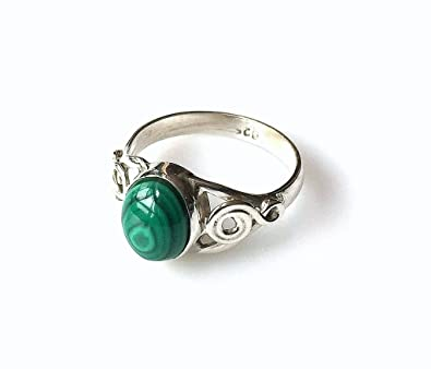 Shanya Sterling Silver Ethnic Ring Green Malachite