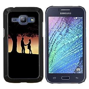 LECELL--Funda protectora / Cubierta / Piel For Samsung Galaxy J1 J100 -- Pareja bajo el árbol --