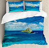 Hawaiian Decorations Duvet Cover Set by Ambesonne, Manana Island Hawaii Cloudy Summer Sky Tropical Climate Beach Theme Picture, 3 Piece Bedding Set with Pillow Shams, King Size, Blue Turquoise