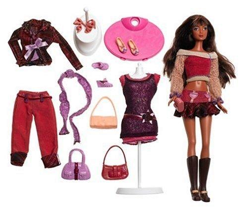 - Barbie Fashion Fever - Kayla Fashion Week Giftset