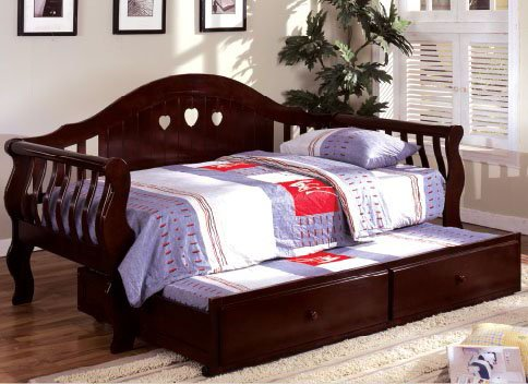 - Inland Empire Furniture Charlotte Dark Cherry Solid Wood Camel Style Curved BaCalifornia King Daybed w/Trundle
