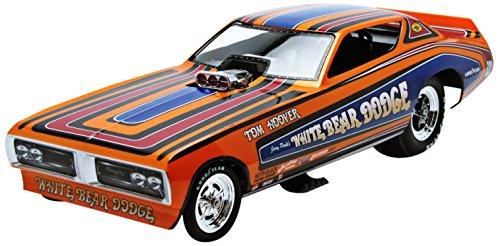 Auto World - Aw1161 - Miniatura veicolo - modello per la scala - Dodge Charger Macchina Divertente - White Bear 1971 - Scala 1/18
