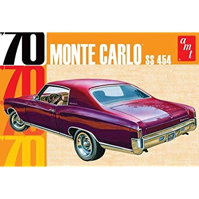 AMT AMT928 1:25 Scale 1970 Chevy Monte Carlo Plastic Model: Toys & Games
