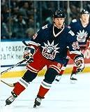 Autograph Warehouse 33496 Wayne Gretzky Unsigned 8 x 10 Photo New York Rangers Image No. 2