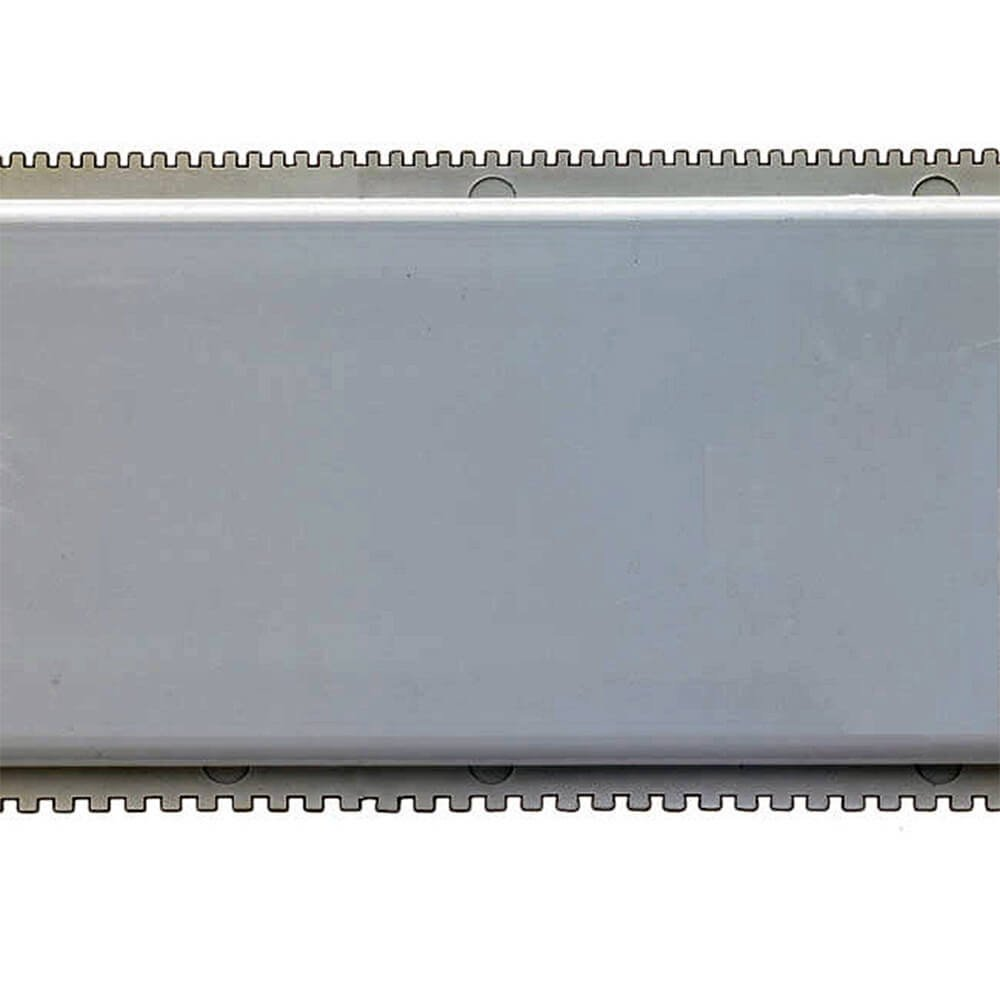 Matfer Bourgeat Plastic Cake Comb, Narrow Teeth, 27.12'' 421705