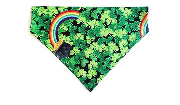 St Patricks Day Festive Doggie Bandannas Holiday Prints Accessories 3 Leaf Clover Shamrock Print Over the Collar Thread Through Slip Thru Bandanna Petwear Fashion Neckwear