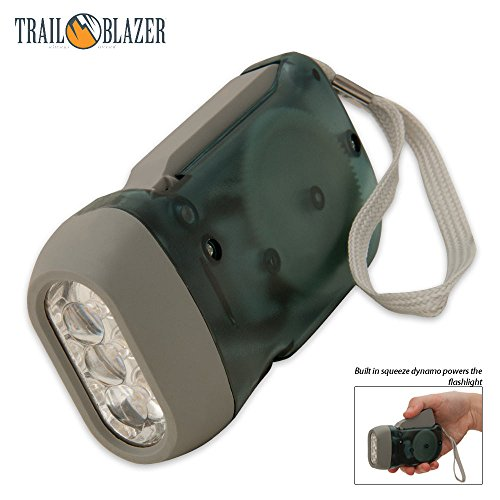 SE FL5052LL 3 LED Dynamo Powered Flashlight