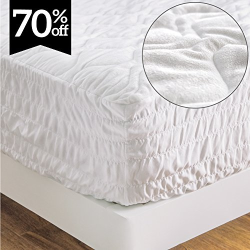 Bedsure Super Soft & Warm Mattress Pad King Size Hypoallergenic Quilted Mattress Protector Encasement,Breathable Microplush Dust Mite Proof Fitted Sheet Mattress Cover,Stretch Up To 18