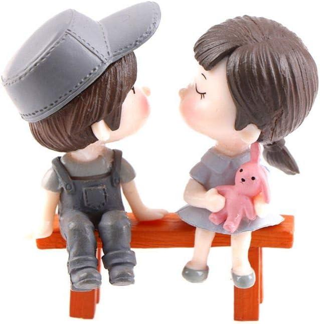 DAWEIF 3Pcs/Set Mini Stool Couples Dolls Fairy Garden Miniatures Decor Dollhouse/Terrarium Action Figures Figurine DIY Micro Landscape