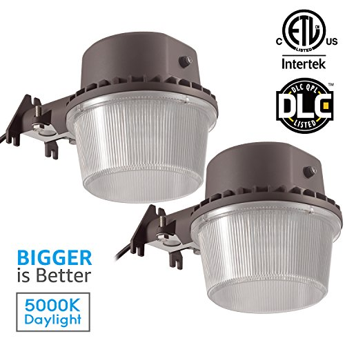 Dawn To Dusk Led Security Lights in Florida - 1