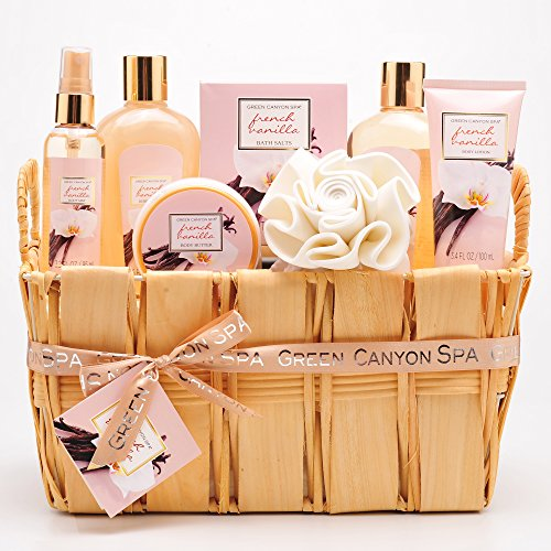 Green Canyon Spa Gift Basket Set in French Vanilla - Premium 8 pieces Spa Basket Holiday Gift Set in Natural Basket with Lush Bath and Body Products in Moisturizing Sunflower Seed Oil and Vitamin E
